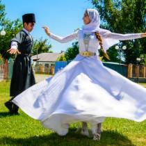 Национальные танцы